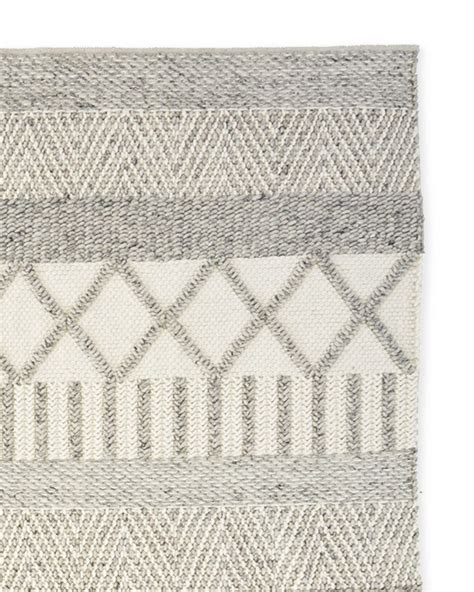 neutral nursery rugs best 25 neutral rug ideas on rugs in living room home rugs and neutral home furniture