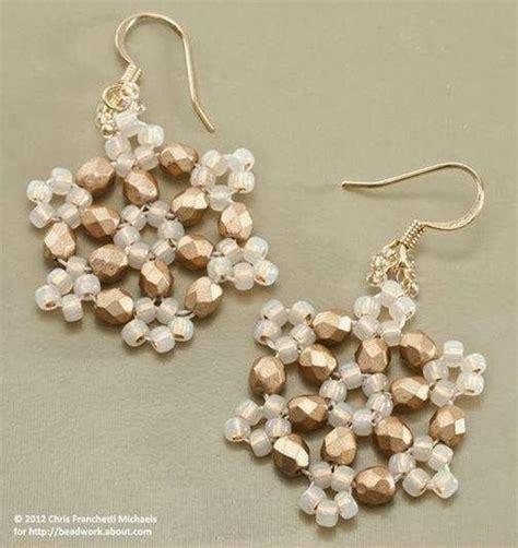 fiori fatti con perline orecchini di perline gm08 187 regardsdefemmes