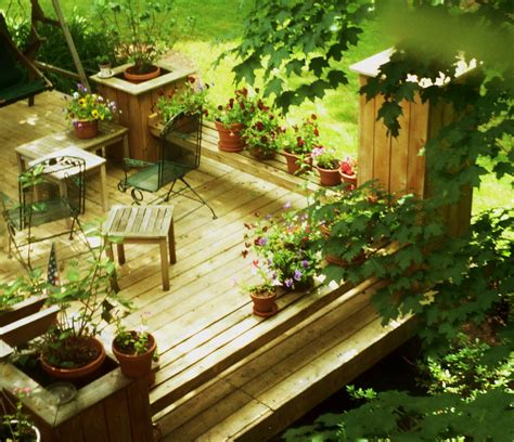 how to build a wood patio deck ehow uk