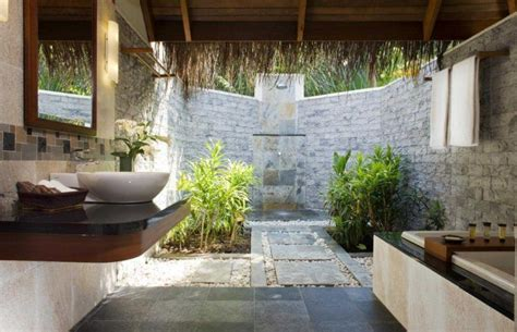 amazing indooroutdoor bathroom ideas