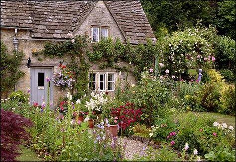 Imagine Cottages Ireland by 25 Best Ideas About Cottage Decor On
