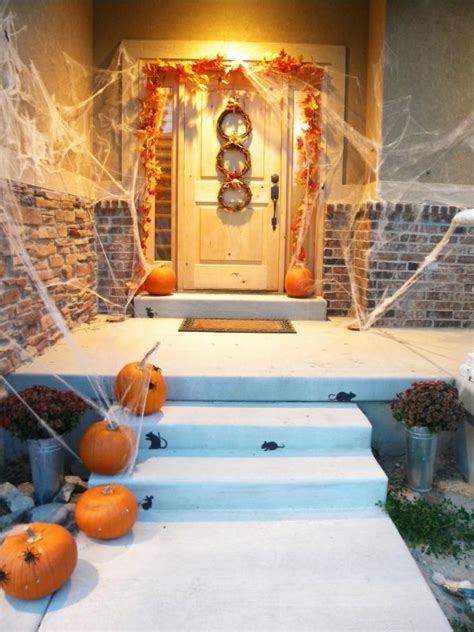 how to decorate your home for halloween 40 cool halloween front door decor ideas digsdigs