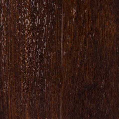 Mahogany Laminate Flooring Mahogany Laminate Flooring Creates An Ambience In