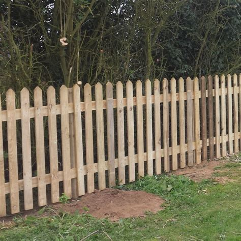 picket fence panel pointed top pressure treated