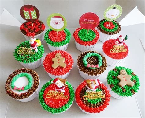 christmas designs cakes cupcakes and other sweet
