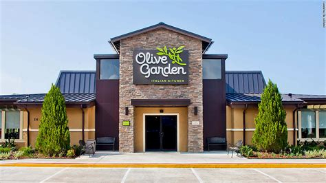olive garden 635 olive garden is now serving italian nachos market tamer