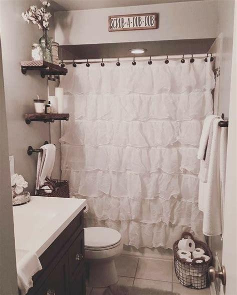 gang bathroom best 25 shared bathroom ideas on pinterest towel