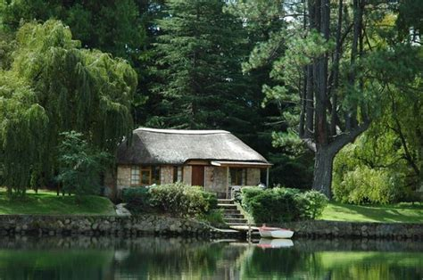 South Lakes Cottages by Lake Naverone Cottages Underberg South Africa