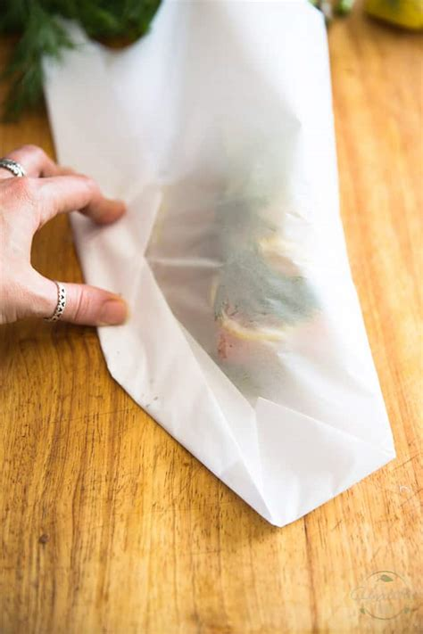 How To Fold Parchment Paper - parchment paper baked salmon with asparagus lemon and dill