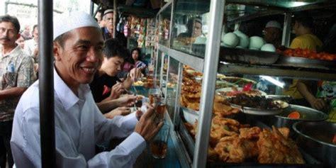 Meja Warteg jokowi makan di warteg indonesia hebat