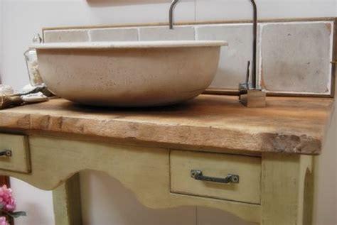mobili bagno in stile mobile da bagno in stile antico laccato porte passato