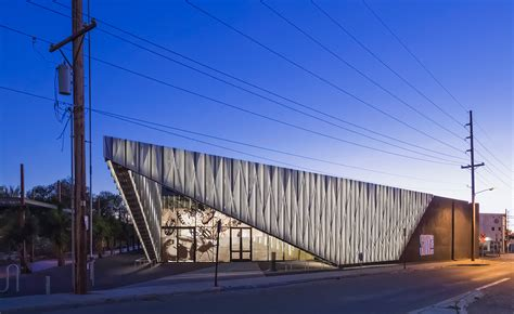 shop architects modern santa fe gallery design is inspired growing up site santa fe and its newly reimagined