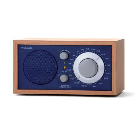 Desk Radio tivoli model one am fm table radio