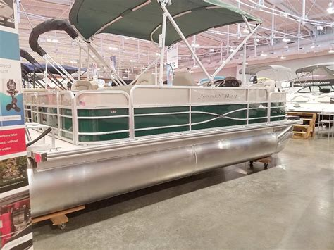fish and ski boats for sale in nashville tn south bay s220f boats for sale in tennessee