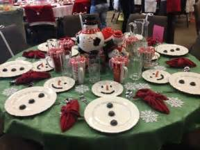 Christmas Table Setting by Easy Christmas Table Setting Simple White Plates To Make