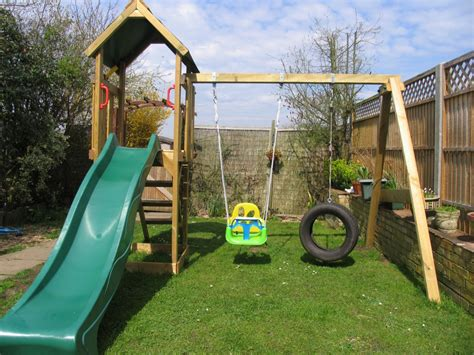 climbing frame swing set review wickey freeflyer climbing frame with swing set