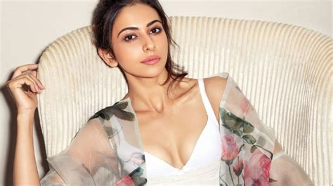 indian actress casting couch aiyaary actress rakul preet on casting couch being slut