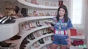 Kris Jenner Closet by Kris Closet Www Imgkid The Image Kid