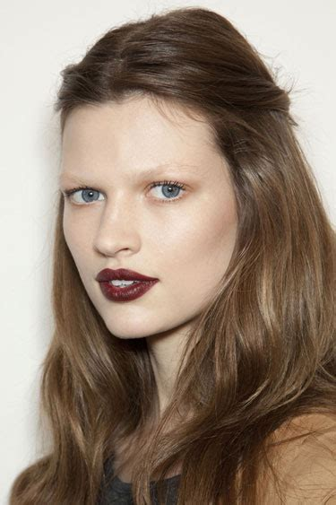 latest makeup beauty trends autumn winter 2012 13 vogue uk fall winter 2012 2013 beauty trends urban society mag