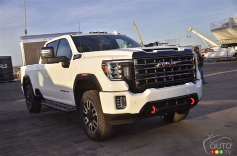 2020 Gmc Hd At4 by Gmc Introduces Its New Hd Car News Auto123