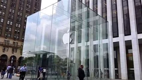 nyc store apple store on fifth avenue midtown manhattan new york
