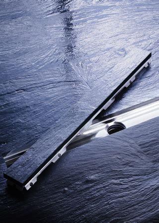 kleines bad größer wirken lassen barrierefreies bad bodenebene duschsysteme schr 195 182 der