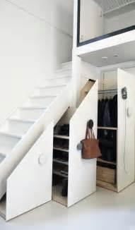 garderobe unter treppe schrank unter die treppe stellen eine tolle idee
