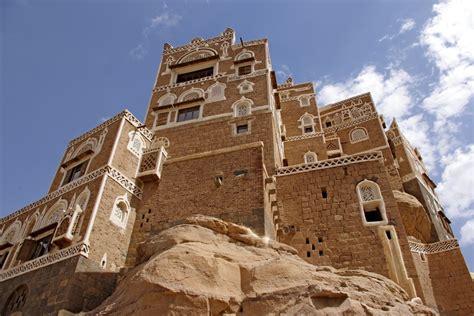 dar al hajar rock palace wadi dhahr yemen photo essay