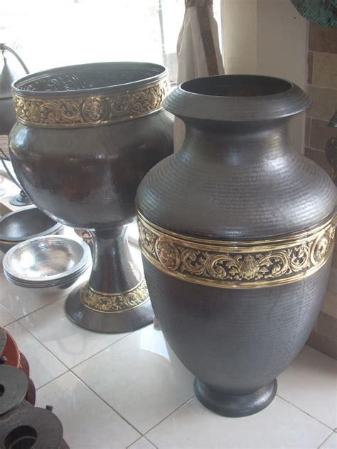 Harga Guci Hiasan kerajinan guci sentra kerajinan tembaga dan kuningan