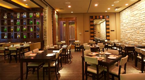 Restaurant Dining Room Lounge Amp Bar Restaurant At Tysons Galleria Va Lebanese