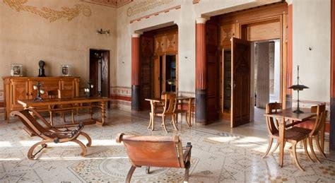 Www Livingroom hotel r best hotel deal site