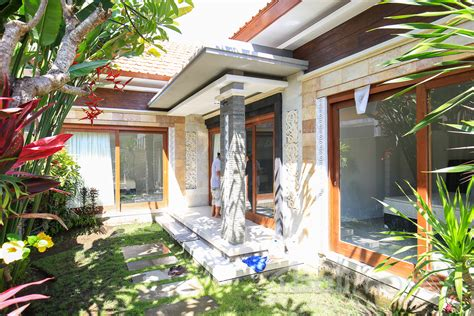 2 bedrooms house for rent two bedroom clean modern house sanur s local agent