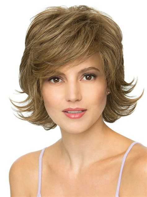 hairstyles for women feathered back on sides short layered bob sides feathered back 24 perfect short