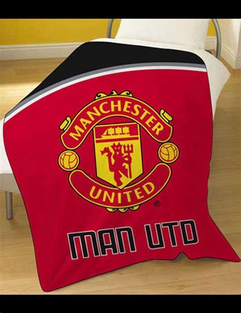 Jersey Bola Manchester United Gk Kiper G Kode Df8234 1 toko olahraga hawaii sports official merchandise selimut manchester united fleece blanket