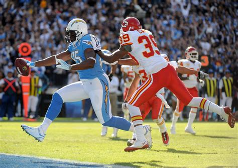 chargers chiefs poll who wins sunday s chargers at chiefs sports