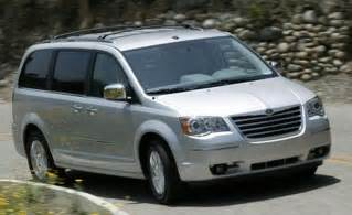 Chrysler Town Country 2008 Car And Driver