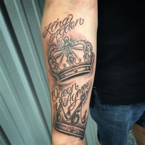 tattoo of queen crown 55 best king and queen crown tattoo designs meanings