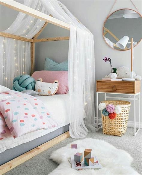 desain kamar perempuan simple 27 desain dan dekorasi kamar bayi balita minimalis terbaru