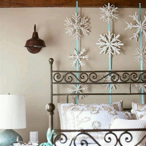 winter wonderland themed bedroom 2014 halloween frozen snowflake decorations frozen