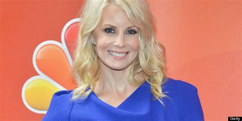 monica potter short curly haircut for parenthood monica potter cuts her hair short for parenthood photo