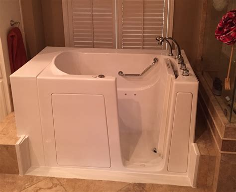 Walk In Bathtub Installation by Florida Walk In Tubs Before And After Fl Walk In Bathtubs