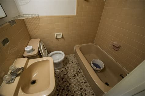 rocco bathroom would you move into luka magnotta s old apartment
