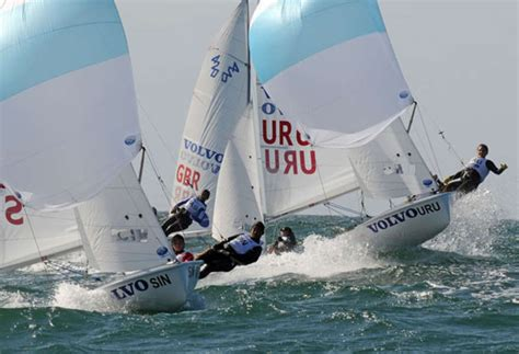sailboats used in competitive sailing 420 classes equipment world sailing