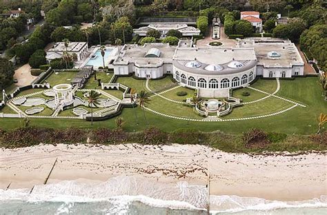 donald trump house in florida donald trump s house maison de l amitie