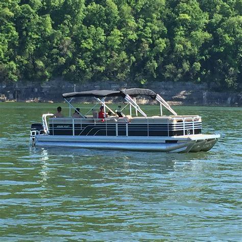 cheap house boats best tritoon pontoon boats cheap pontoon boats