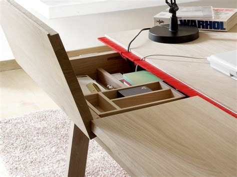 designboom desk samuel accoceberry landa desk for alki
