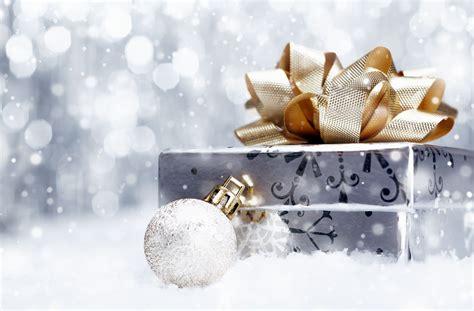holiday new year christmas gift box decorations ball