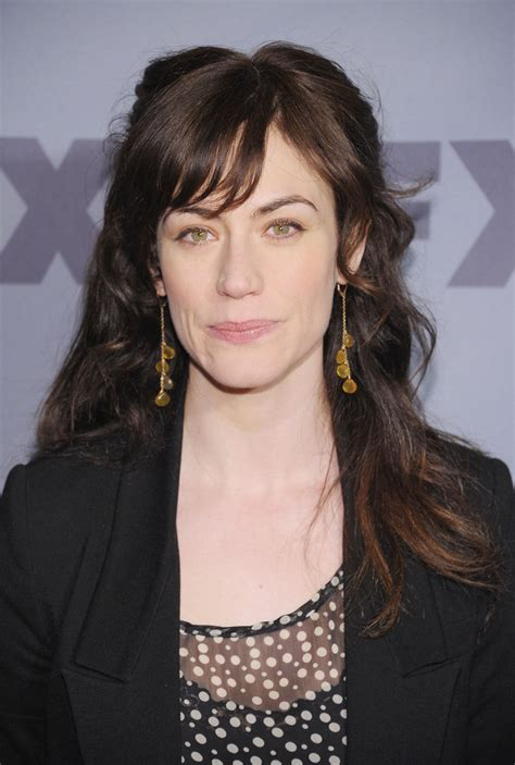 does mavgie siff wear extensions maggie siff half up half down maggie siff looks