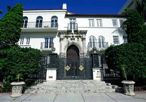 Justice Story Gianni Versace Ny Daily News Gianni Versace House South