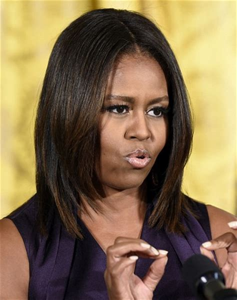 How Foes Michelle Obama Get Straight Hair | beautytiptoday com